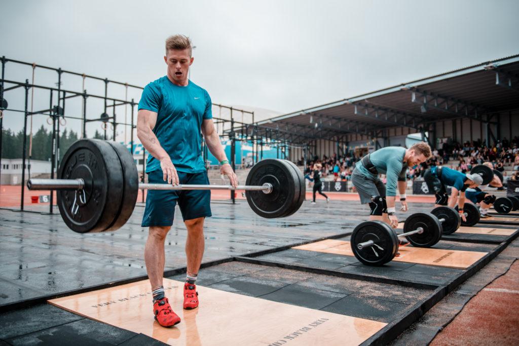 CrossFit Mikkelin Niko Laakkonen voitti Farmarin kyykyn. Kuva: Eino Ansio / Karjalan Kovin